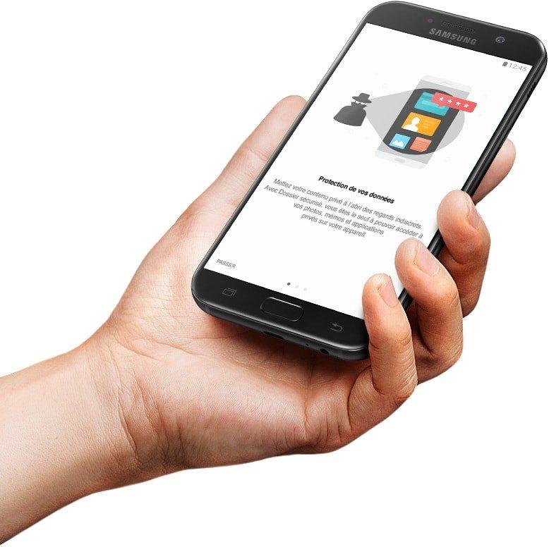 Image montrant l'écran du Galaxy A3 (2017) lorsque le Dossier Sécurisé est activé.